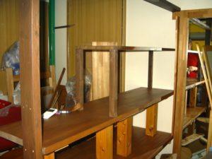 造作中の棚